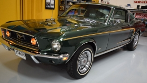 1968 Mustang fastback GT Highland Green